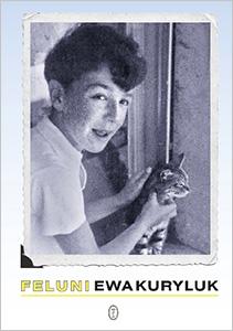 okładka ksiązki Ewy Kuryluk zatytułowana Feluni – uśmiechnięty chłopiec głaszcze pręgowanego kotka