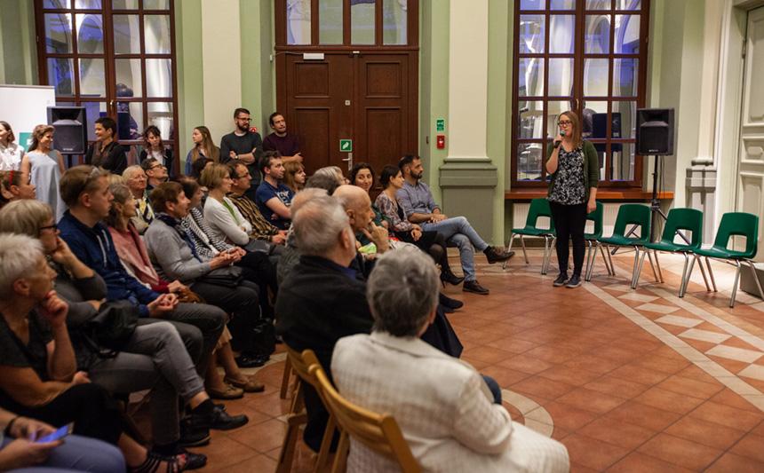 Kuratorka Marta Derejczyk zapowiada występ